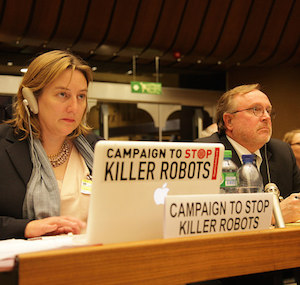 Mary Wareham, coordinator of the Campaign to Stop Killer Robots, at the CCW meeting (Campaign to Stop Killer Robots https://www.flickr.com/photos/stopkillerrobots/17017144920/)